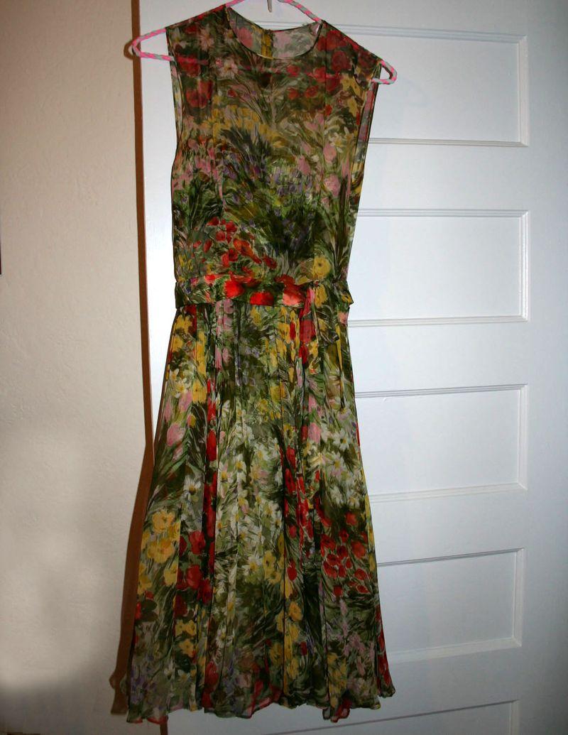 Vintage dress front